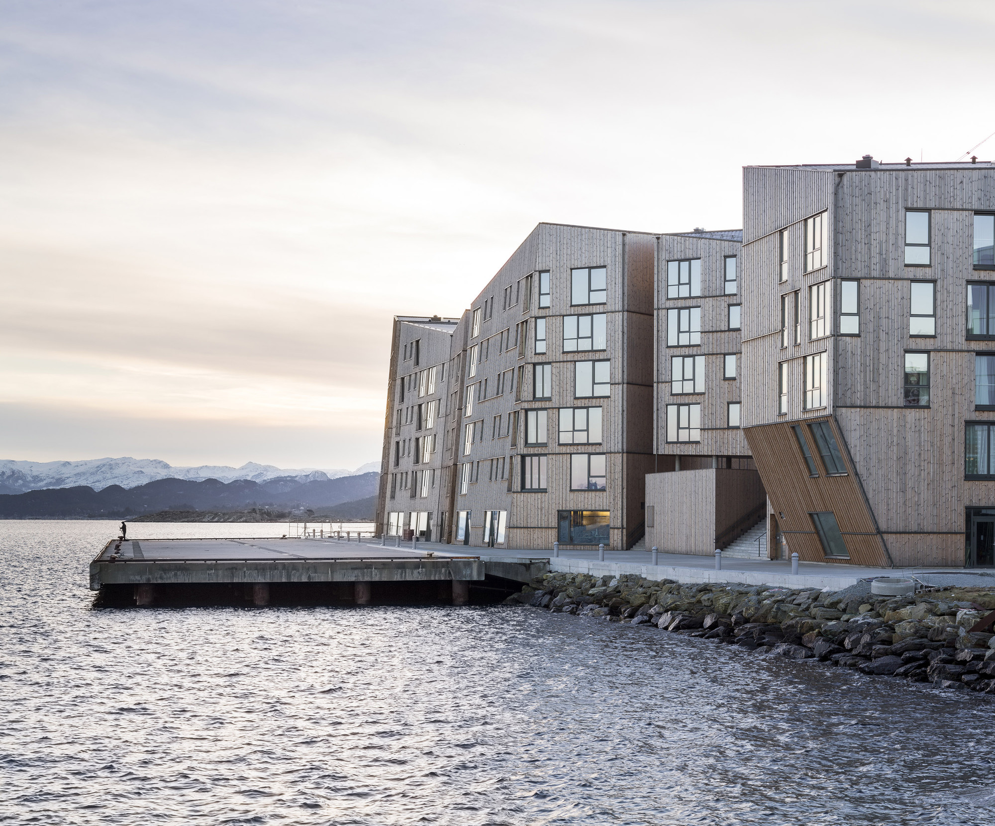 Waterfront af AART architects